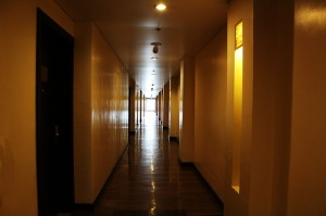 hotel-hallway-314321_640